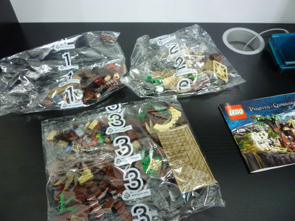 Lego 4182 The Cannibal Escape (4)