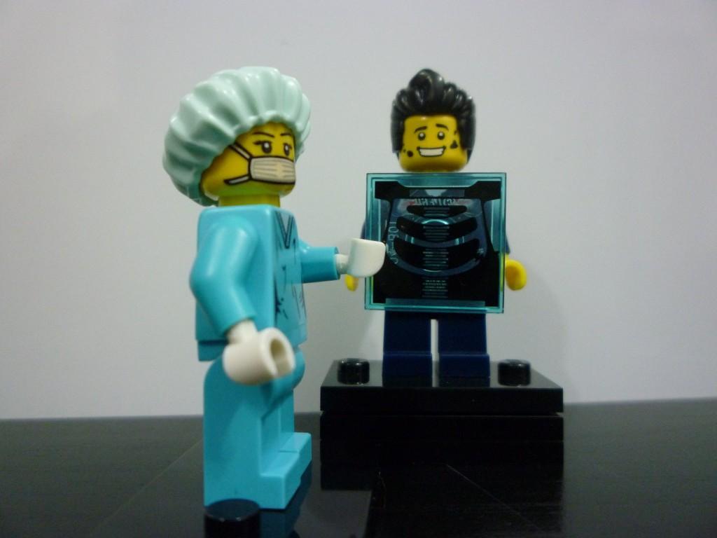 Lego Minifigures Series 6 - Surgeon Xray