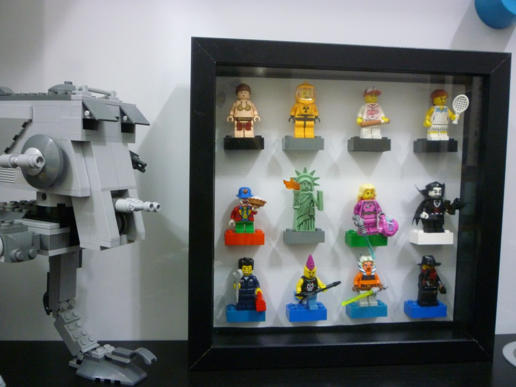 DIY: Make your own Lego Minifigure Display