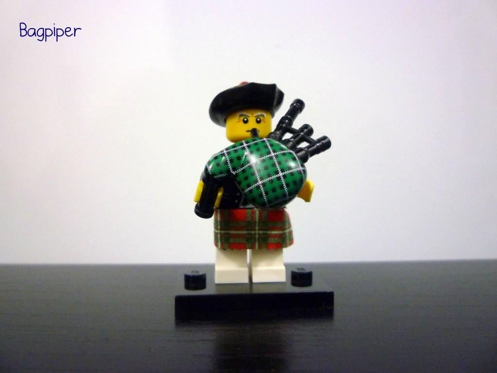 lego-minifigures-series-7-bagpiper