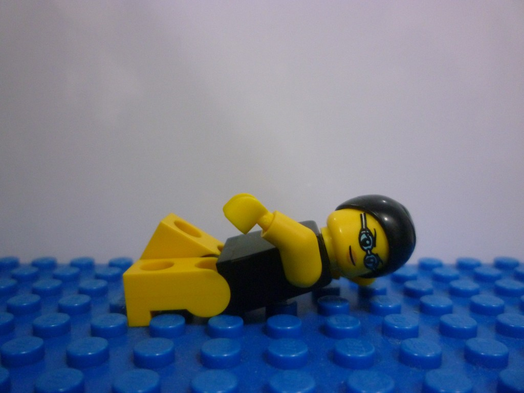 lego-minifigures-series-7-swimming-champion-1