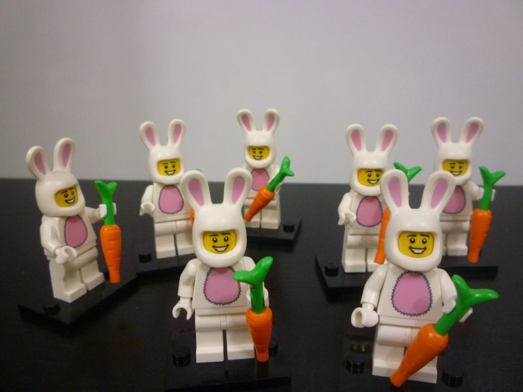 lego-series-7-bunnyman-2