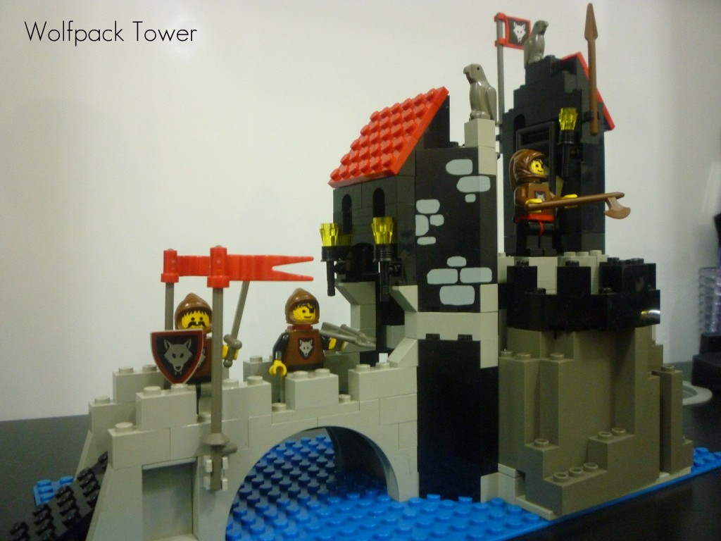 lego-wolfpack-tower-2