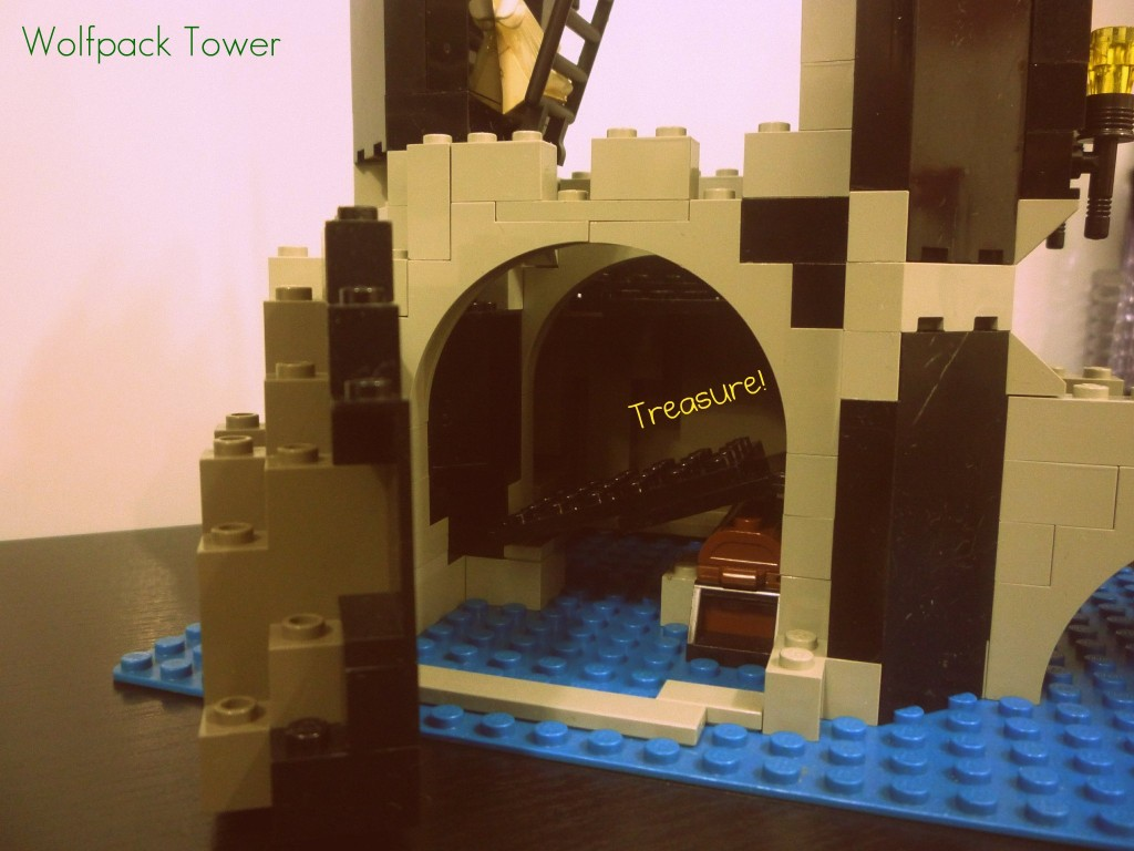 lego-wolfpack-tower-20