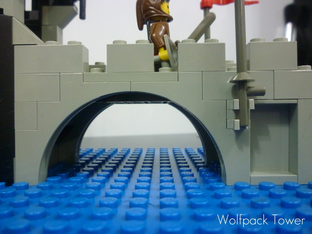 lego-wolfpack-tower-7