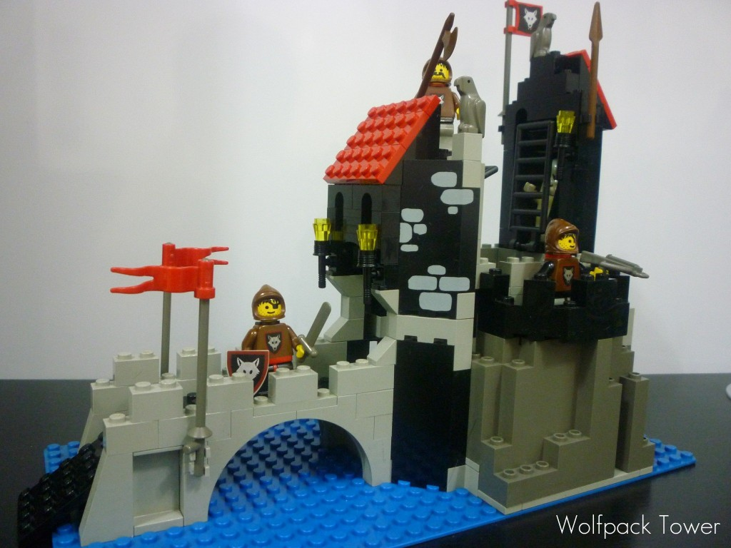 lego-wolfpack-tower-9