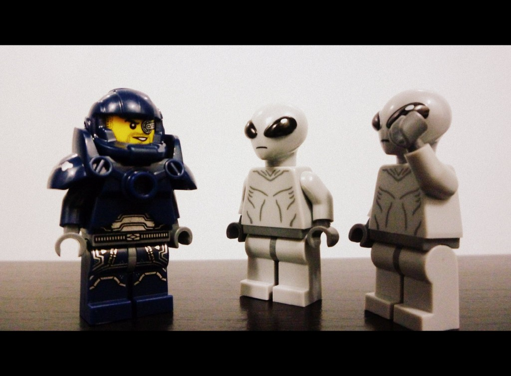 lego-minifigures-series-7-galaxy-patrol-and-aliens