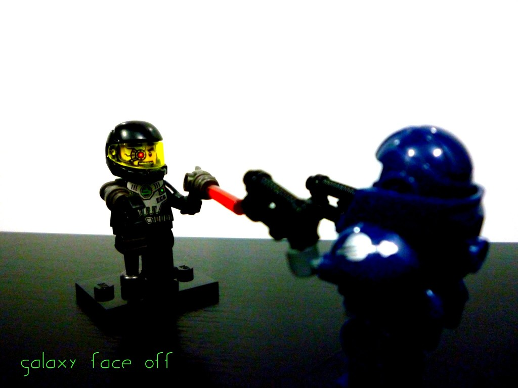 lego-minifigures-series-7-galaxy-patrol-vs-space-villain