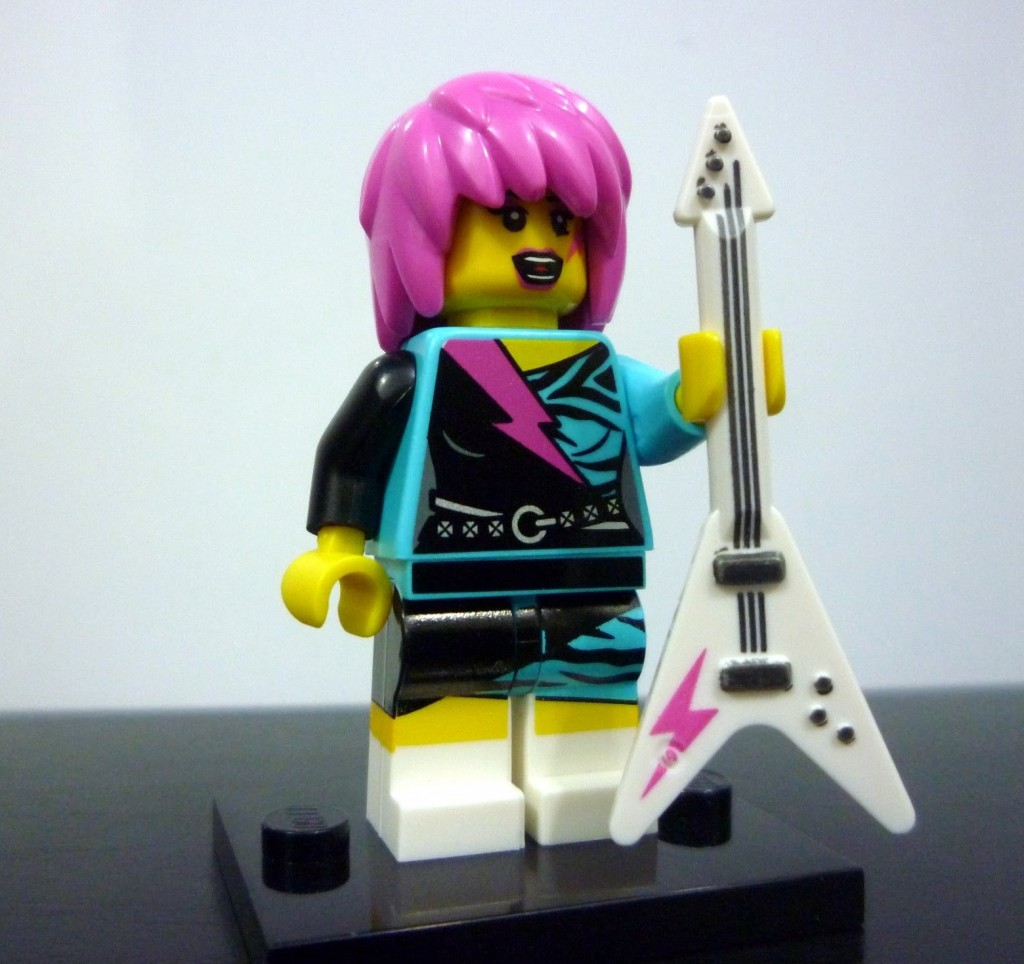 lego-minifigures-series-7-rocker-girl-2
