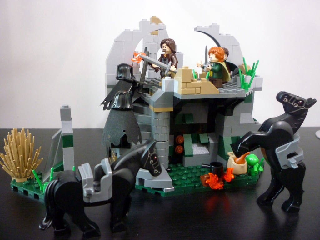 Review: 9472 – Lord of the Rings – Attack on Weathertop
