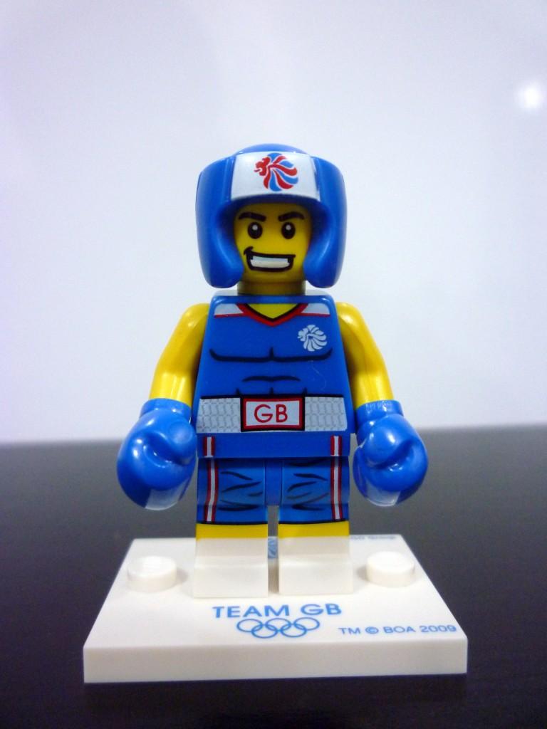 lego-team-gb-minifigures-10