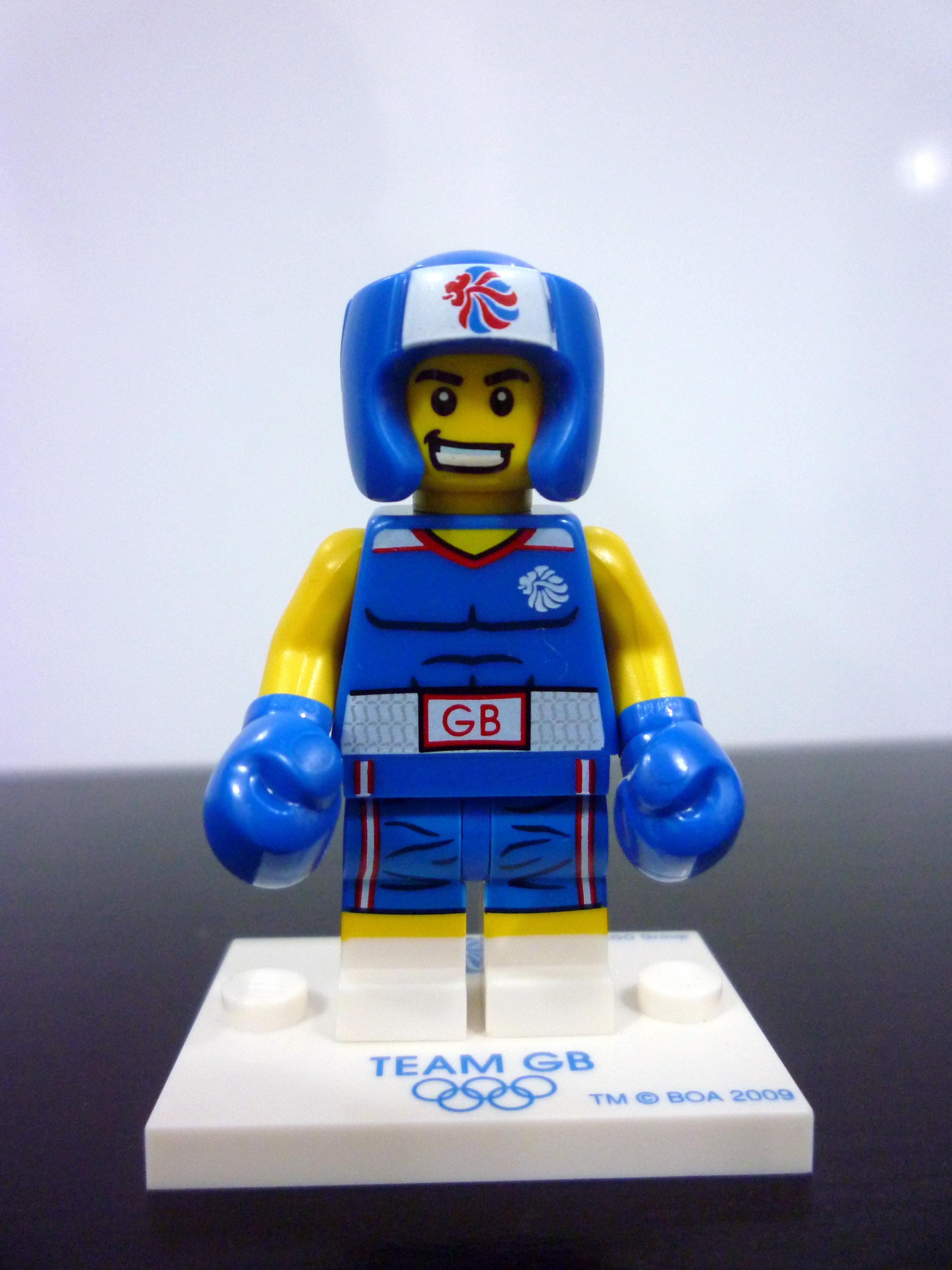lego team gb relay runner