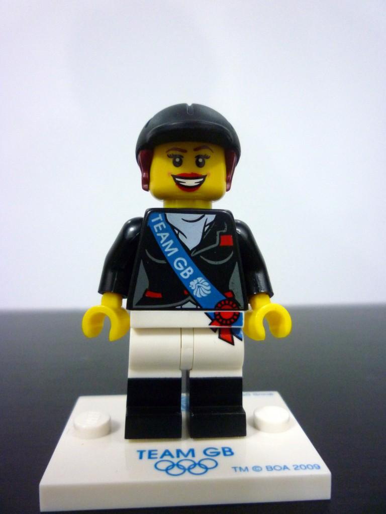 lego-team-gb-minifigures-11