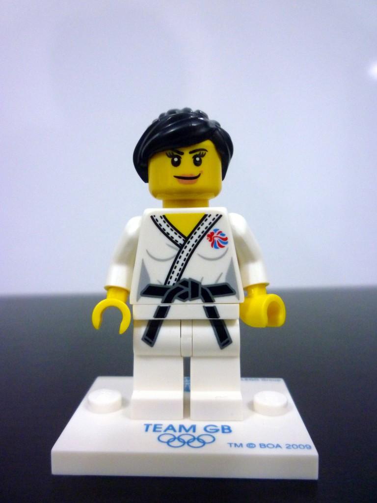 lego-team-gb-minifigures-15