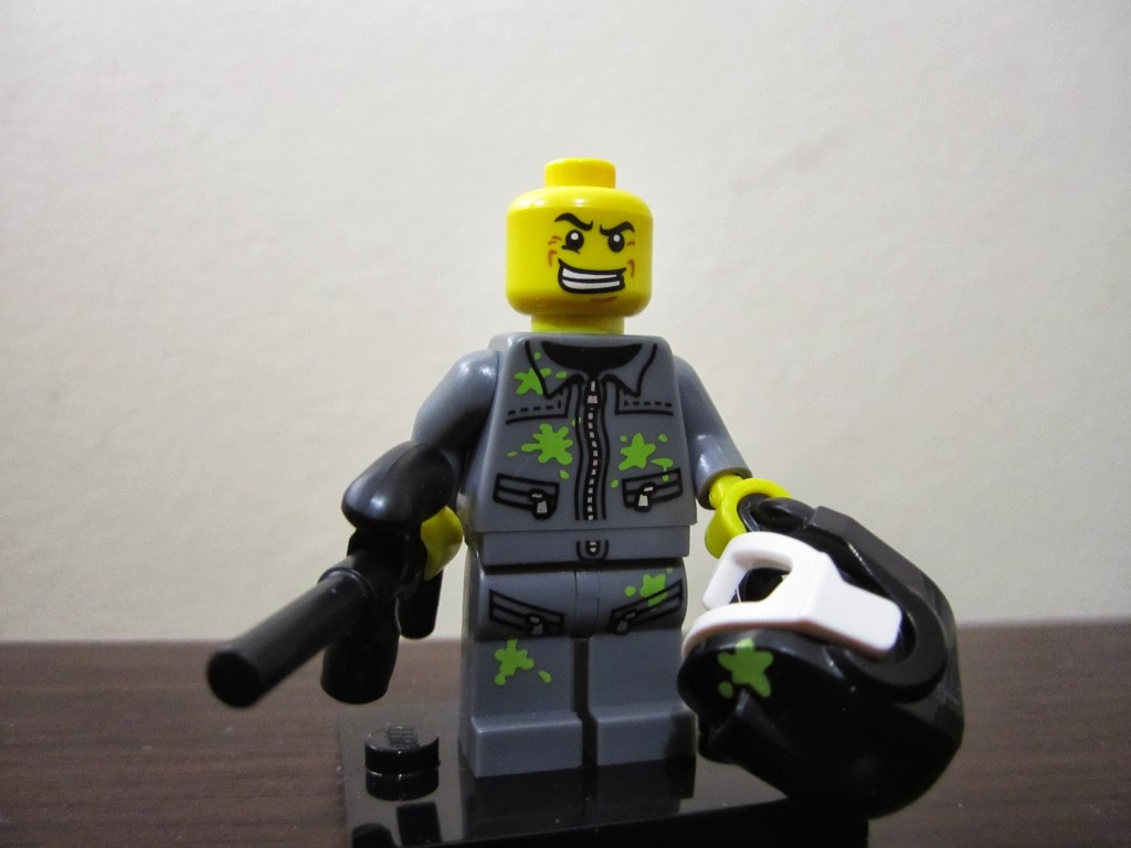 lego-minifigures-paintball-player-unmasked