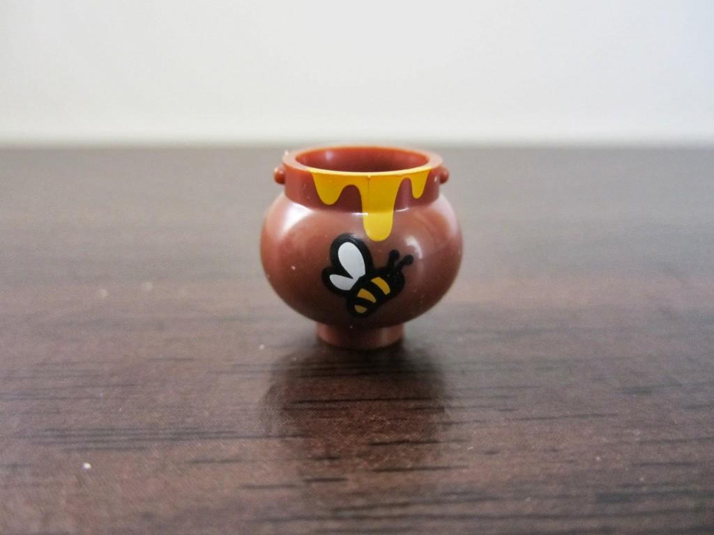 series-10-bumblebee-girl-honeypot