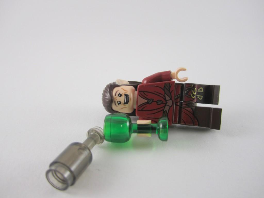 lego-79004-barrel-escape-35