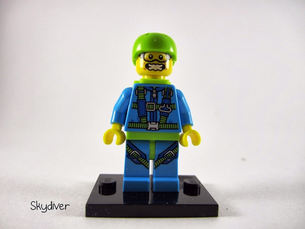 lego-minifigures-series-10-skydiver