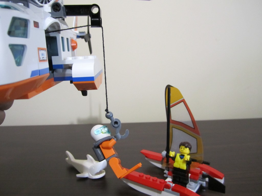 lego-60013-coast-guard-helicopter-21