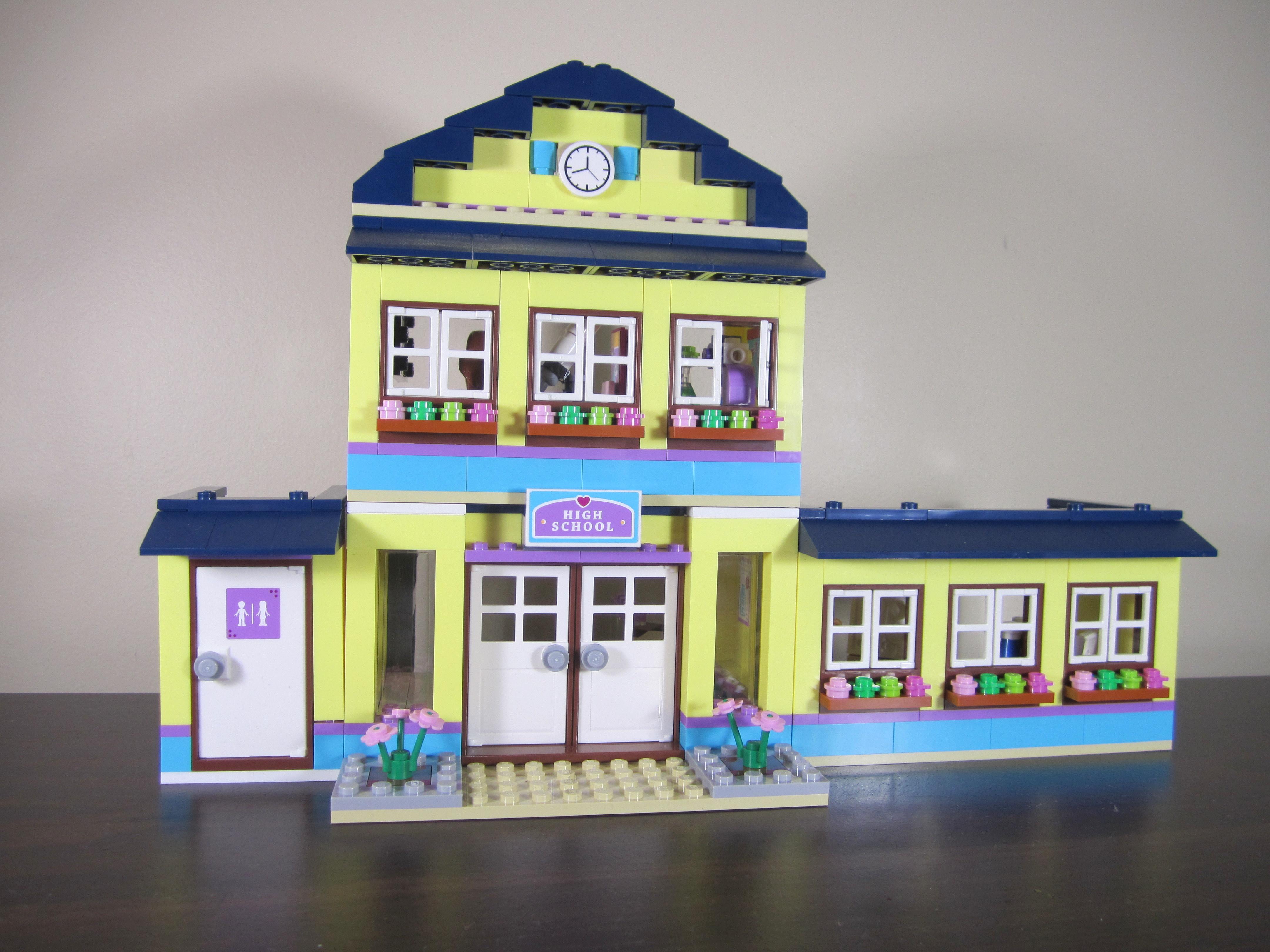 Review Lego 41005 Heartlake High Jay S Brick Blog