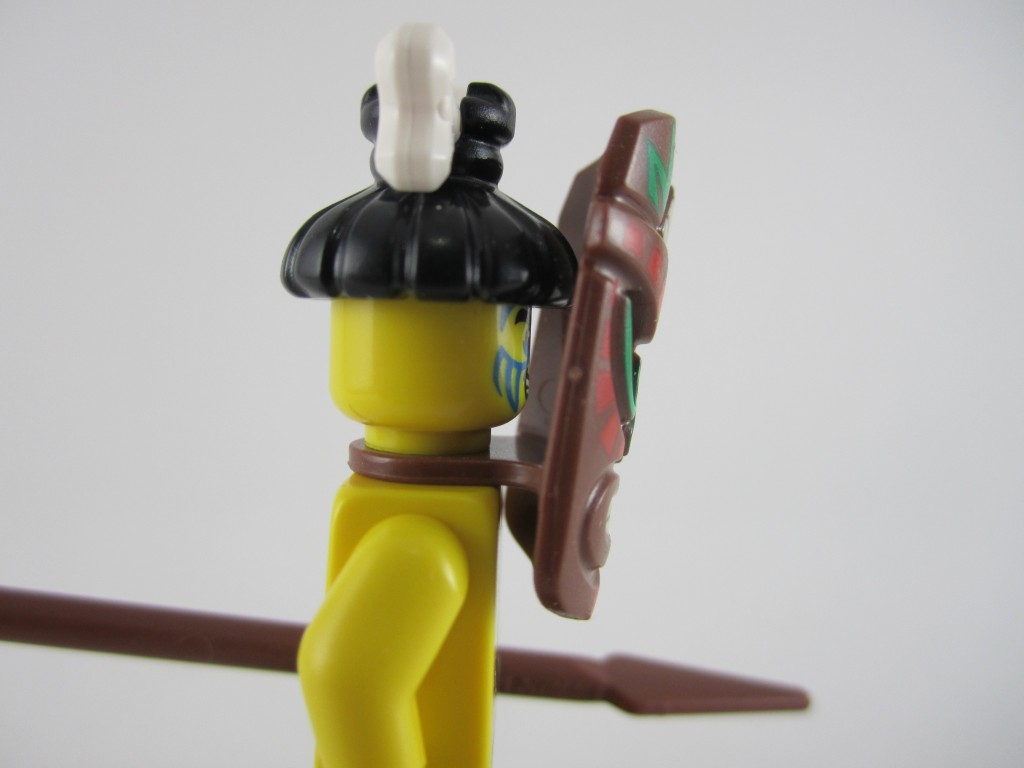 Lego Minifigures Series 11 - Island Warrior Mask Side