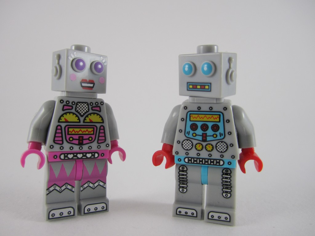 Lego Series 11 - Lady Robot Finds Love