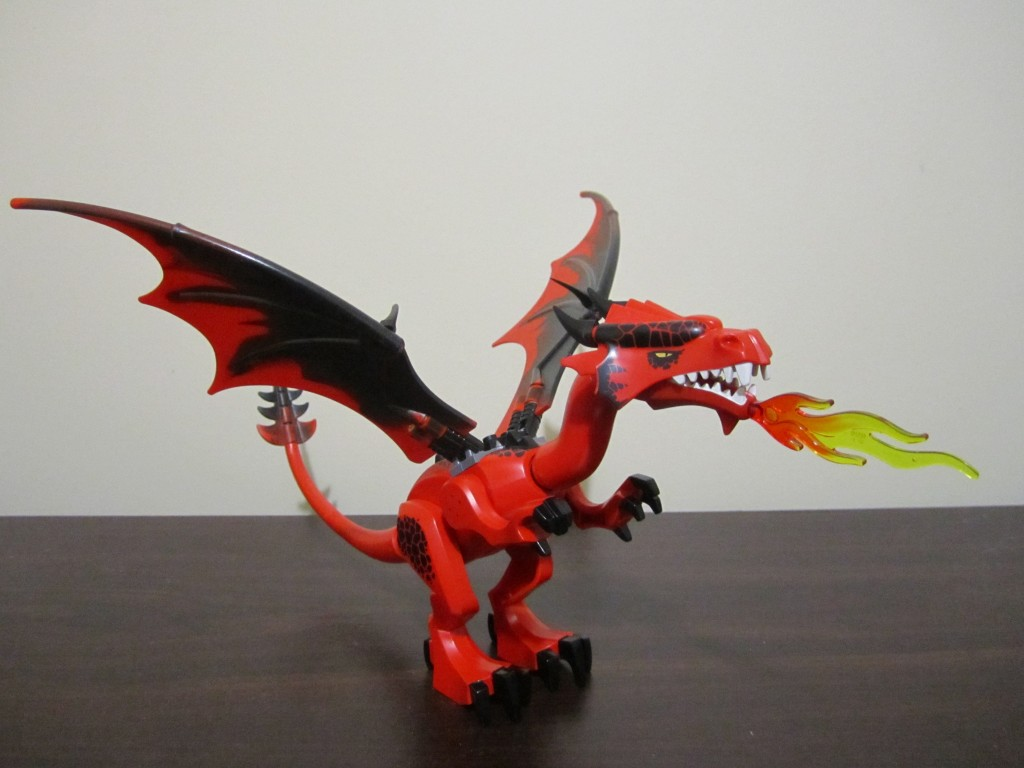 Lego 70403 - Dragon Mountain Lego Dragon (2)