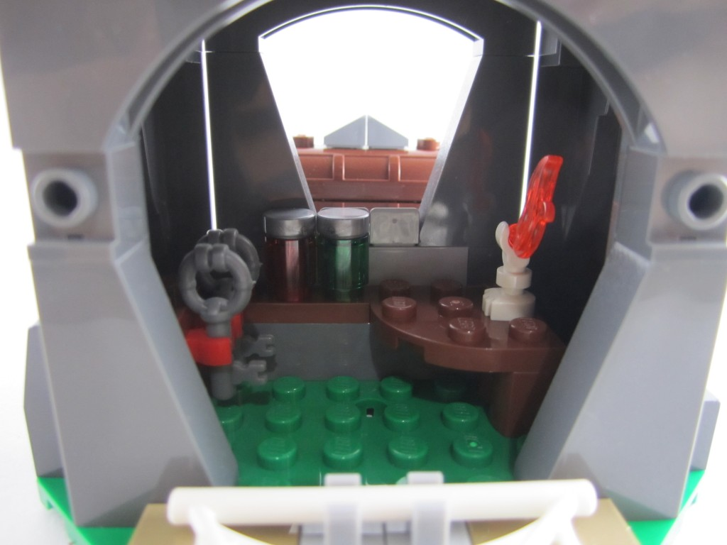 Lego 70403 - Dragon Mountain Secret Cave (2)