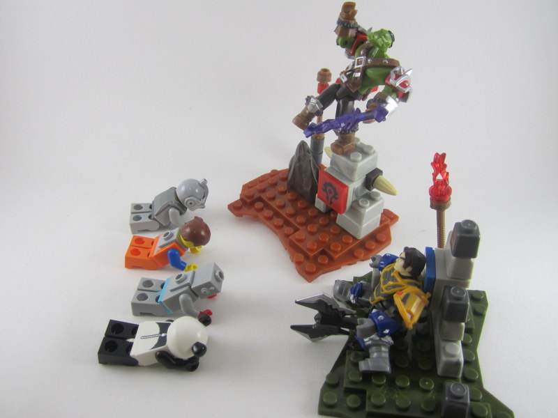 (April Fools)Review: MEGA BLOKS Warcraft Colton & RAGEROCK