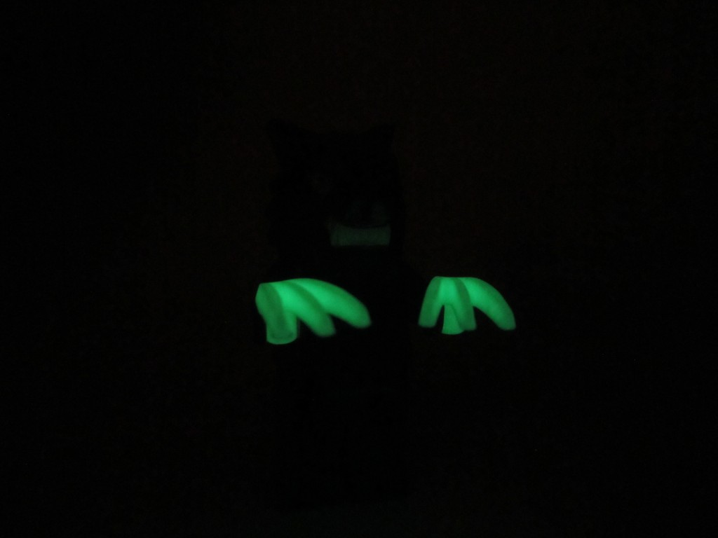 LEGO 9463 The Werewolf Glow In The Dark Claws