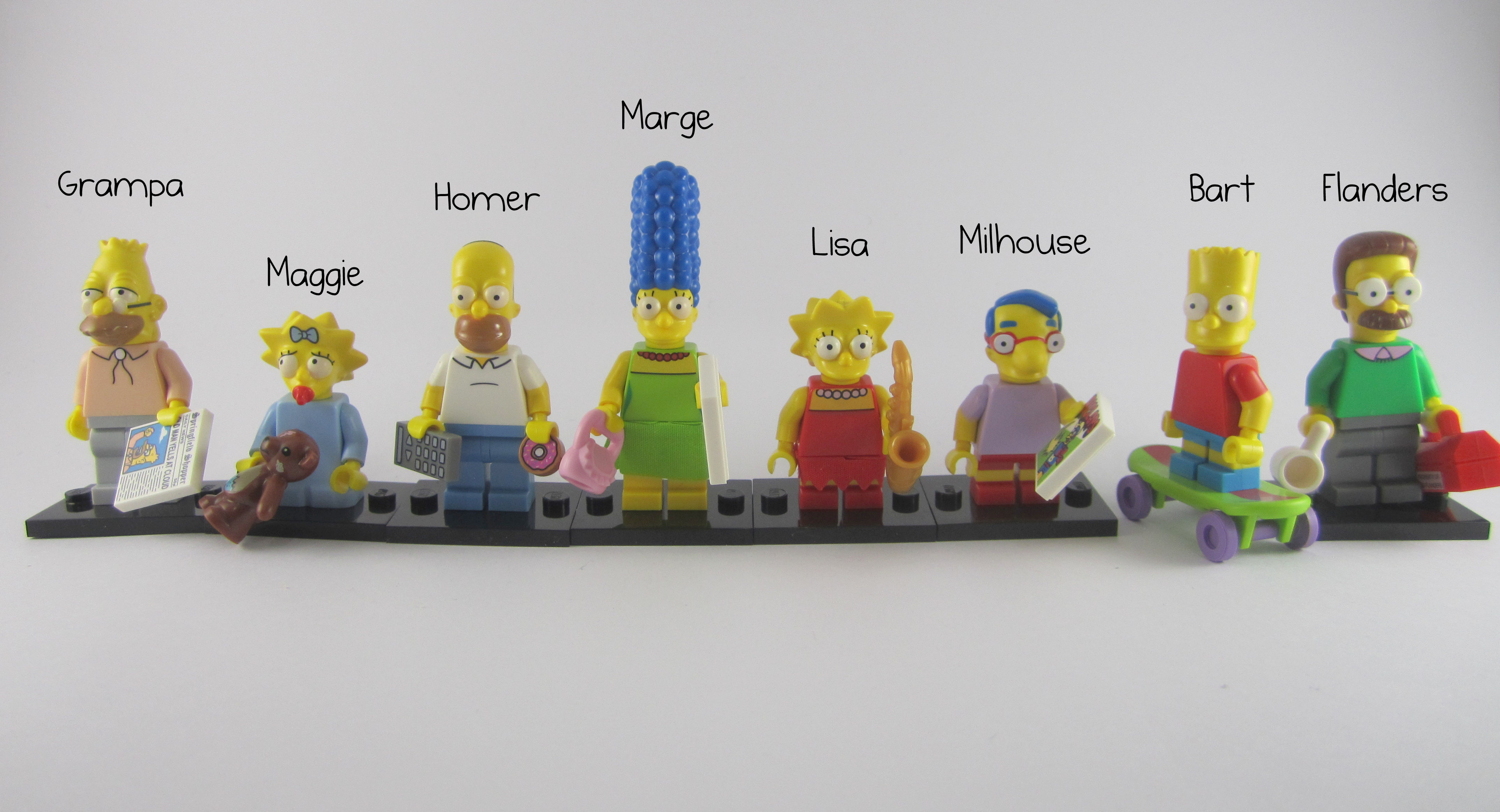 Lego 16 Simpsons Minifigure Head Homer Maggie Bart /& More Simpson Full Set Heads