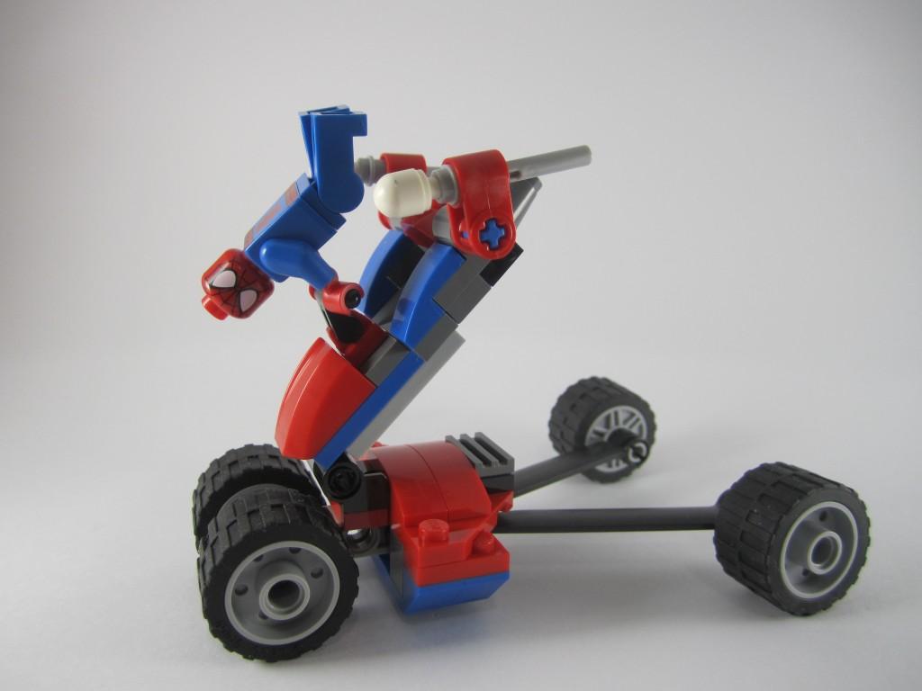 LEGO Spider-Man 76014 - Spider Trike vs Electro Stunts