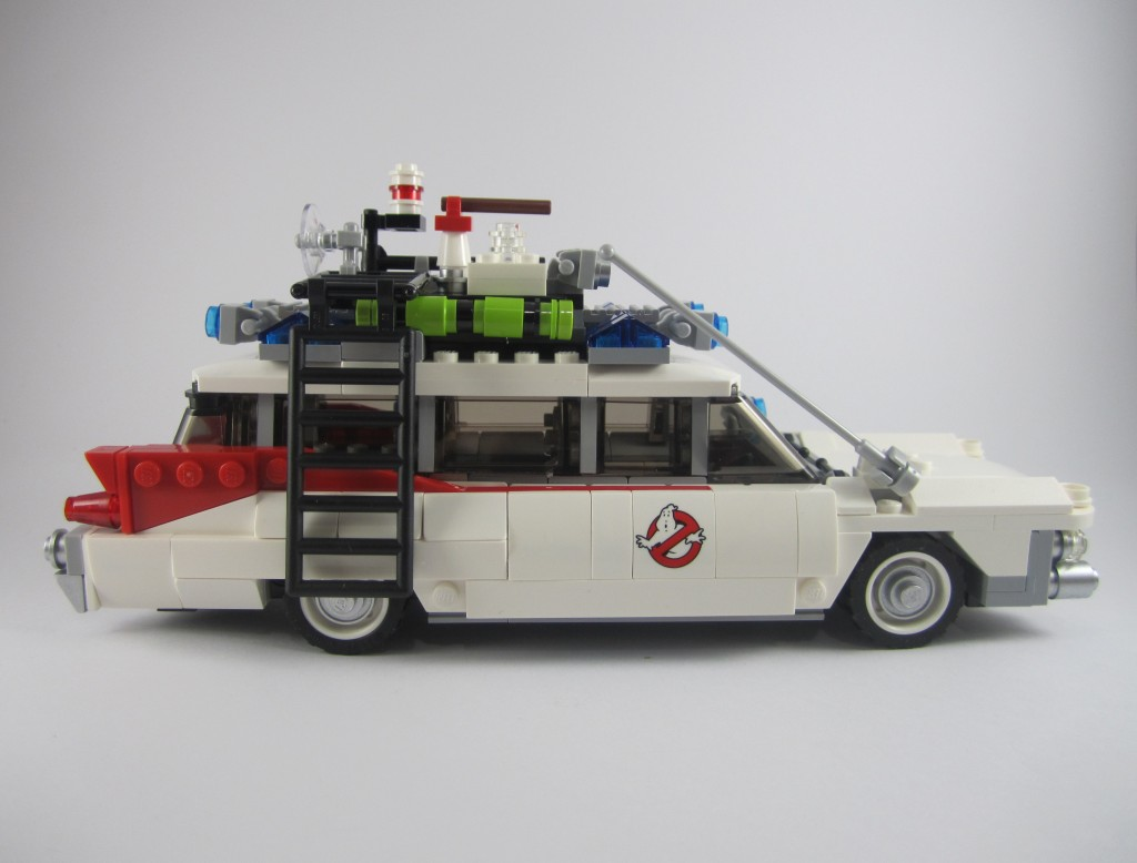 LEGO Ghostbusters Ecto-1 Side