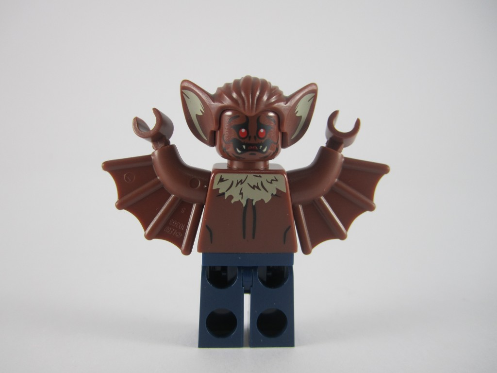 76011 Man Bat Minifig Back
