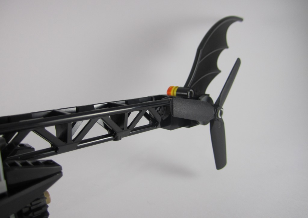 LEGO 76011 Man-Bat Attack Batman Helicopter Tail