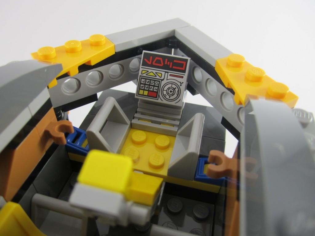 LEGO 76021 The Milano Spaceship Rescue Cockpit Screen