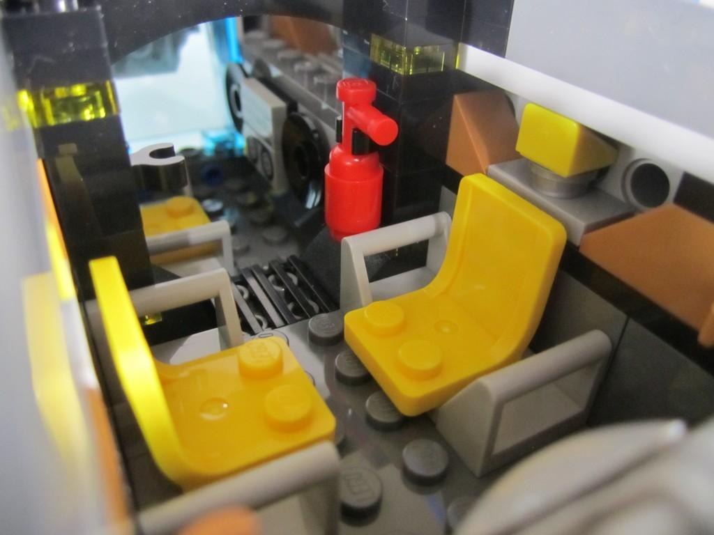 LEGO 76021 The Milano Spaceship Rescue Seats