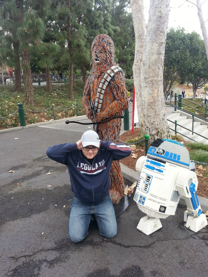 LEGO Chewbacca and R2D2 Statue