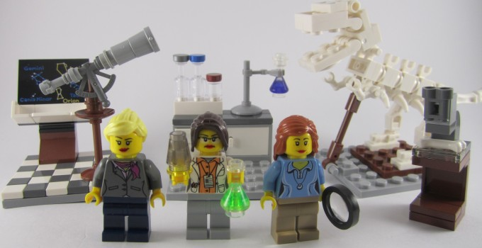Review: LEGO Ideas 21110 Research Institute