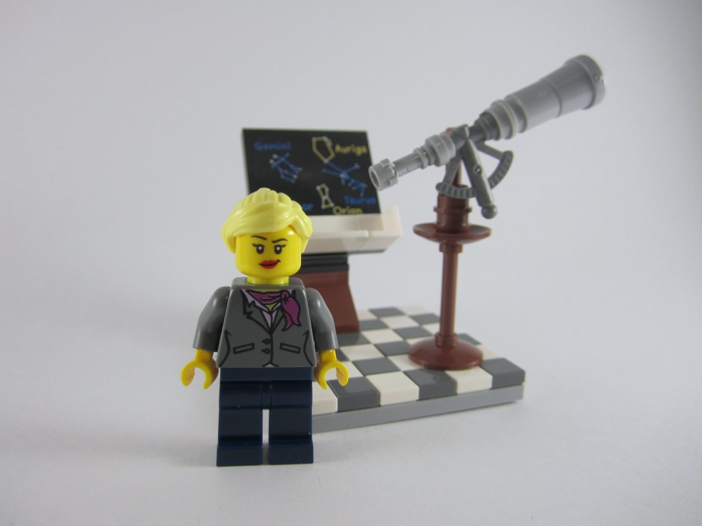 LEGO Ideas 21110 Research Institute Astronomy Scene