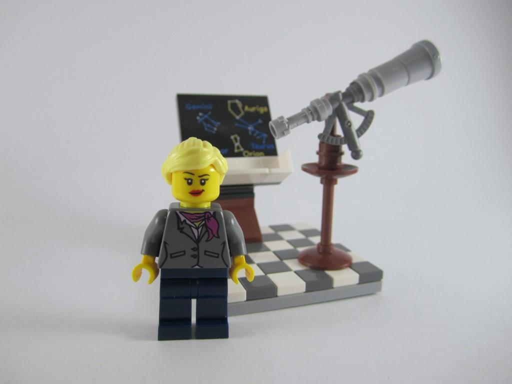 LEGO Ideas 21110 Research Institute Astronomy Scene