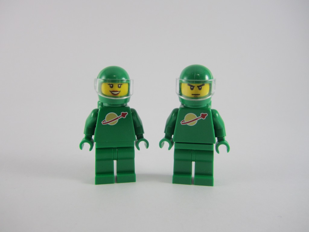 LEGO 21109 Exo Suit Green Classic Space Minifigures