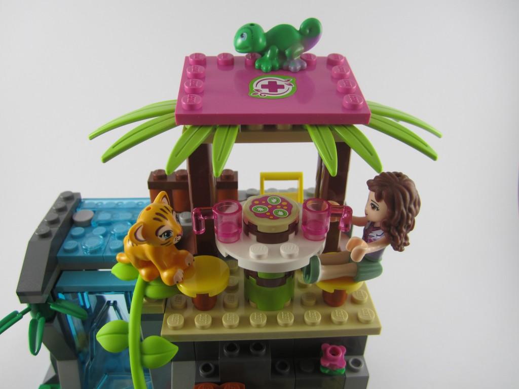 LEGO 41033 Jungle Falls Rescue Base Camp