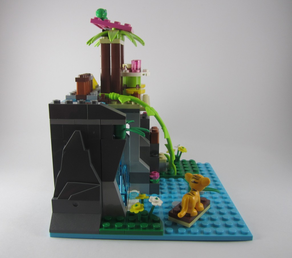 LEGO 41033 Jungle Falls Rescue Side View 2