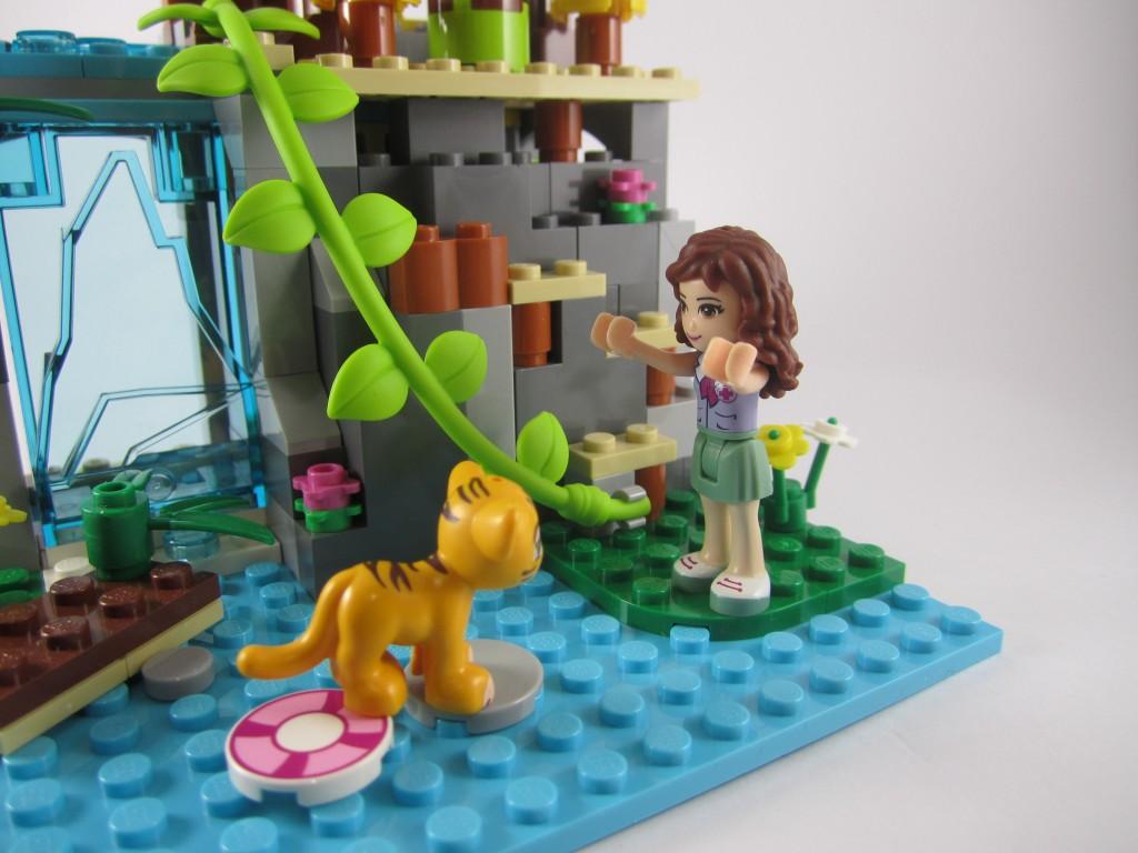 LEGO 41033 Jungle Falls Rescue Tiger Rescued