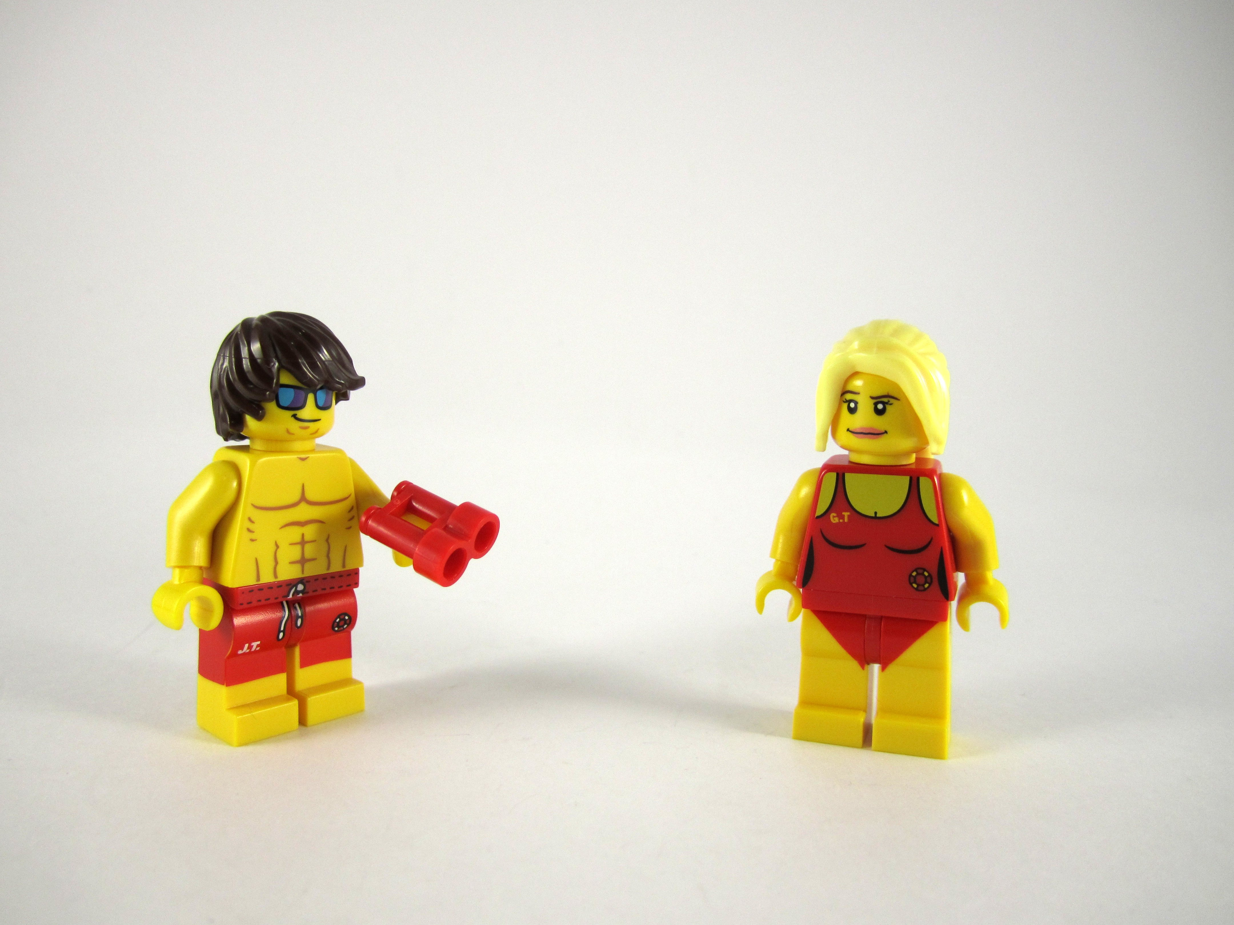 12 LEGO-MINIFIGURES SERIES X 1 RED FLOAT FOR THE LIFEGUARD SERIES 12 PARTS