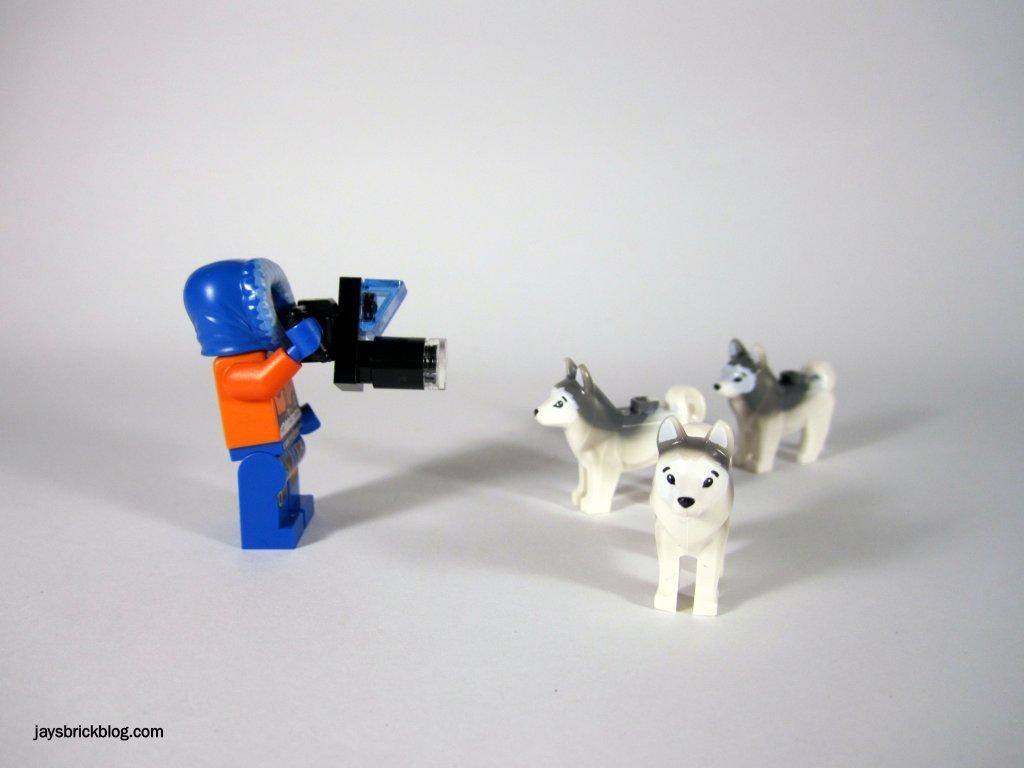 LEGO 60034 Arctic Helicrane Documenting Husky Pack