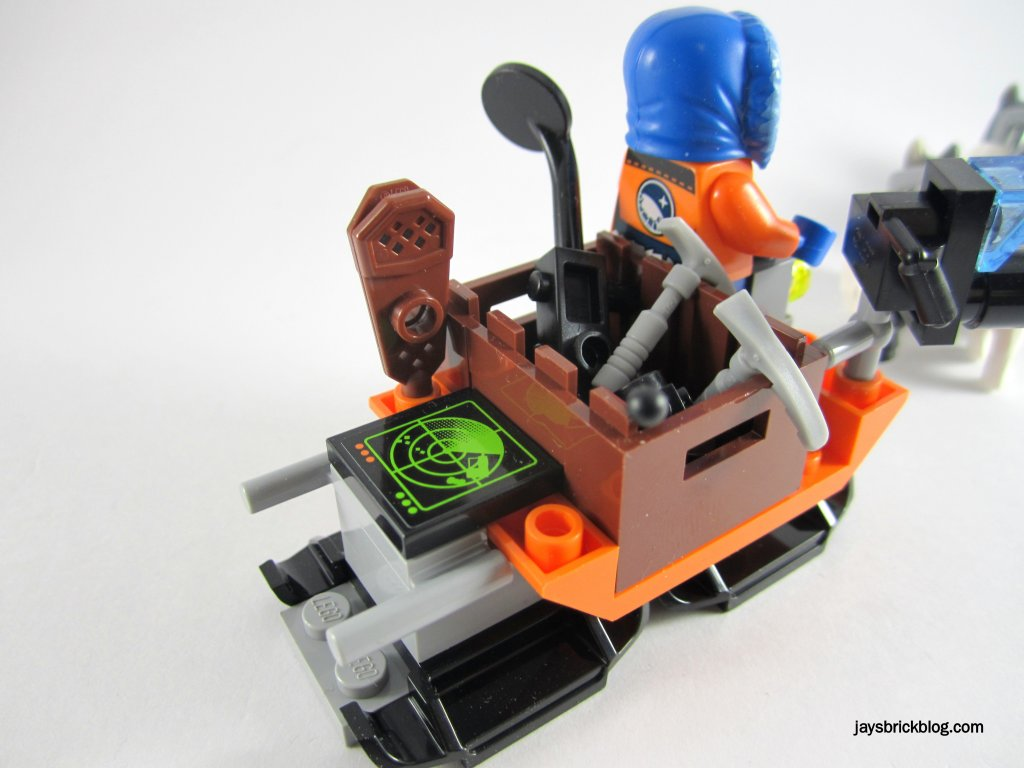 LEGO 60034 Arctic Helicrane Research Sled Contents
