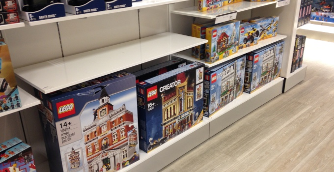 Modular LEGO sets now available at David Jones and Myer