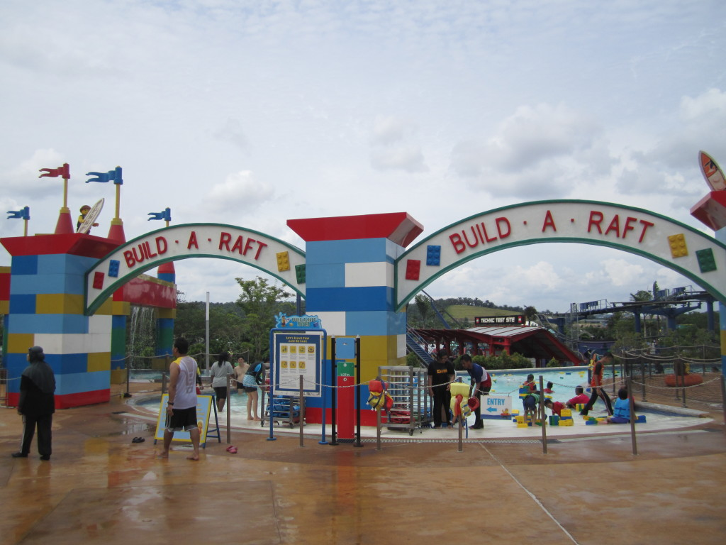 Legoland Malaysia Water Park Build A Raft